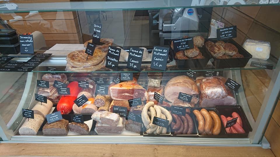 comptoir de la boucherie de l'artisan